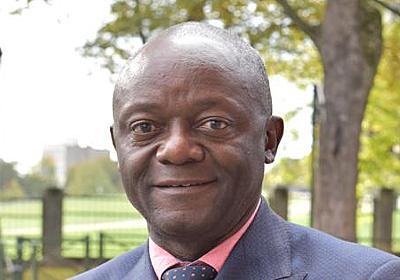 欧州ニュースアラカルト:「欧州の首都」に初の黒人首長 コンゴ難民が歩んだ道のり - 毎日新聞