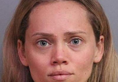 夫の銃、警察に渡した妻逮捕=窃盗容疑、議員「恐ろしい前例」-米フロリダ州:時事ドットコム