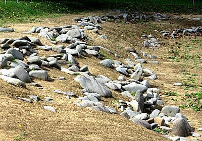 世界遺産「北海道・北東北の縄文遺跡群」の17箇所全巡り :: デイリーポータルZ