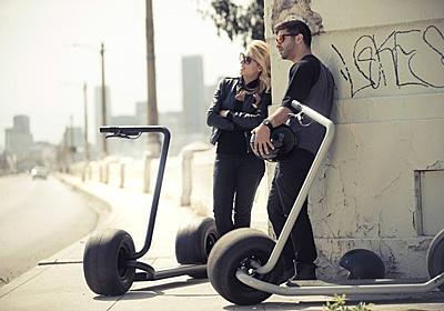 バットポッドみたい。ゴツくて超ミニマルな電動スクーター「stator」 | ギズモード・ジャパン