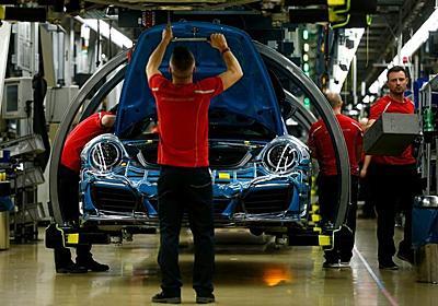 ドイツ自動車業界、EV移行で7.5万人雇用喪失の可能性 | ロイター