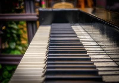 もうすぐ音楽会|練習はピアノと手拍子でマイペースにさせています - 心のネジを巻く日記
