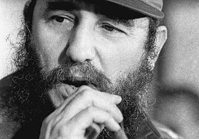 キューバのカストロ前議長が死去 90歳、革命を主導 (写真=ロイター) :日本経済新聞