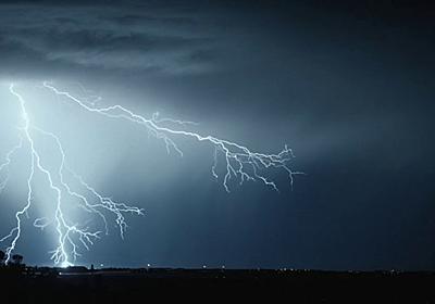 秒間1000コマのハイスピードカメラで落雷の様子を撮影した4Kムービー「Transient」 - GIGAZINE