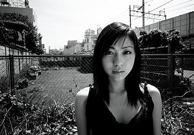 「SWITCH」最新号で宇多田ヒカル特集、森山大道が撮影した19歳当時の未発表写真も - 音楽ナタリー