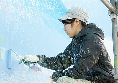 最年少にして唯一の女性銭湯絵師、失われつつある日本文化の継承への思い「職業として経済的な安定が課題」 | ORICON NEWS