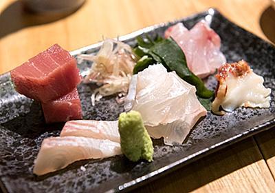 マニアックな品揃えが最高だ…!日本中からとことん旨い魚が集まる銀座「羽田市場」の立ち飲みで豪遊してきた - ぐるなび みんなのごはん