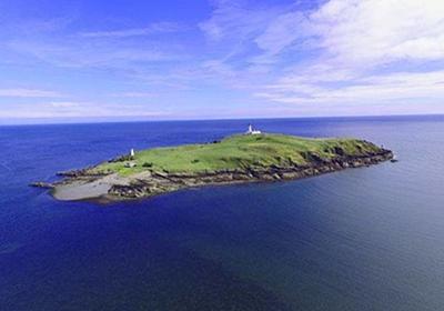 スコットランドの美しい島、リトル・ロス島が破格の安さで売りだされたその理由 : カラパイア