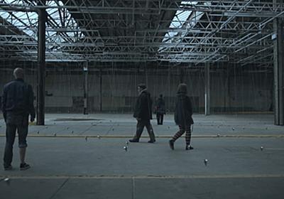 ここを通れば誰もが踊り始める。世界的振付師が作る「振り子」を使ったアート作品 | RAW-Fi