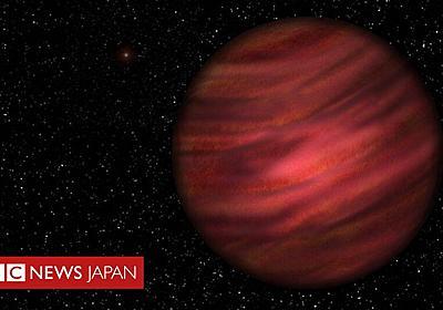 過去最大の惑星系を発見 「1年」は100万年近くと - BBCニュース