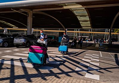英国発の渡航を制限、香港は旅客便禁止-スペインやポルトガルも規制 - Bloomberg