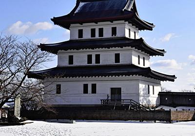 北海道の松前城、木造復元へ 事業費30億円 (写真=共同) :日本経済新聞