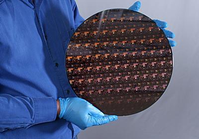 IBM、世界初となる2nmプロセス。爪サイズに500億トランジスタ、バッテリ寿命4倍 - PC Watch
