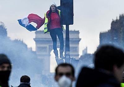 CNN.co.jp : フランスのデモで衝突、8人負傷 マクロン大統領がデモ隊非難