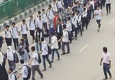 日本で全く報道されない、バングラデシュの中高生が起こした抗議運動 | ニコニコニュース