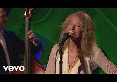 Carly Simon - I've Got You Under My Skin (Live On The Queen Mary 2) - YouTube