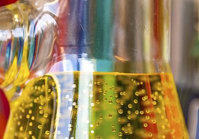 世界中の天才たちを悩ませた「謎」とは? 物理学史上最大のドラマ(山田克哉)   現代ビジネス   講談社(1/4)