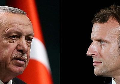 仏紙シャルリー、トルコ大統領の風刺画掲載 外交問題に 写真10枚 国際ニュース:AFPBB News