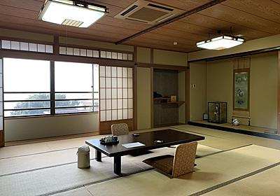 江ノ島『岩本楼』に9割引で泊まる - 日毎に敵と懶惰に戦う