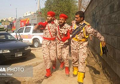 CNN.co.jp : イランで軍事パレードに襲撃 29人死亡、70人負傷