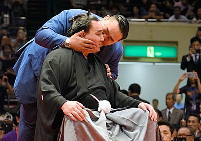 元朝青龍「一つの人間の歴史消える」 日馬富士の断髪式:朝日新聞デジタル