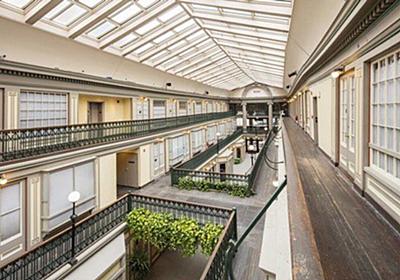 アメリカで『倒産したショッピングモールを集合住宅にするリノベ計画』が進んでいる「店舗もあるなら便利そう」 - Togetter