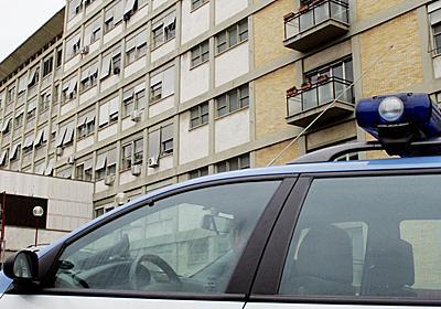 困窮家庭の子どもを洗脳し里親に売る、町長や福祉関係者ら18人逮捕 イタリア 写真2枚 国際ニュース:AFPBB News