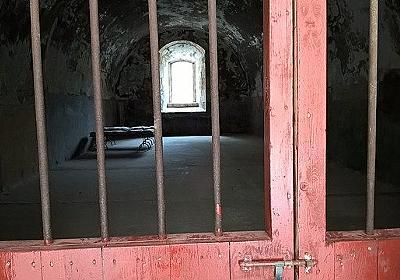 学歴のない殺人犯の数学の能力が開花。刑務所内で超難問を解いてしまう : カラパイア