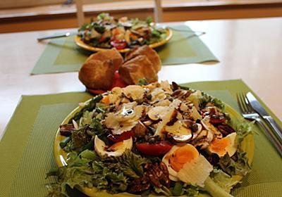 おいしいサラダの三要素「 たっぷりの葉っぱ・たまご・だばだばオイル」  | 南インド屋