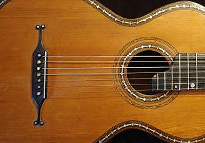 ロシアの伝統楽器「7弦ギター」の世界的中心がアメリカのアイオワ州に存在するわけ - GIGAZINE