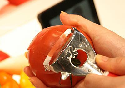 トマトの皮むきもキャベツの千切りも即座に完成! 時短を叶える「ののじ」の凄腕ピーラー | MASHING UP