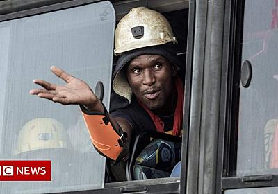 South Africa gold mine: All 955 trapped workers freed - BBC News