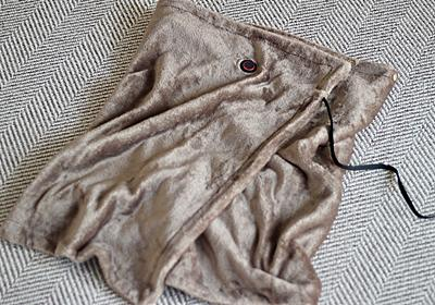無印良品の新アイテム「USBブランケット」は室内の寒さ対策でも、冬のキャンプでも頼りになる暖かい逸品でした | ROOMIE(ルーミー)