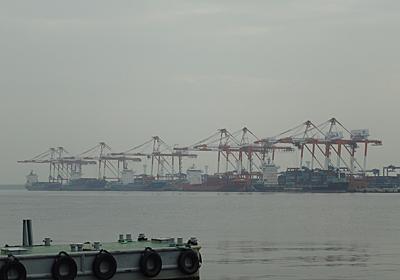 名古屋港のコンテナターミナル - SHIPS OF THE PORT