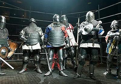 甲冑を装備して剣や斧でぶつかり合う,ゲームのような光景が現実の競技に。「ジャパン・アーマードバトル・リーグ」をレポート - 4Gamer.net