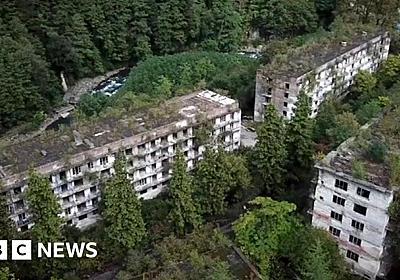 Akarmara, Abkhazia: Forgotten Soviet-era ghost town - BBC News