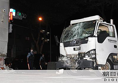 ハンドル操作誤り?交番にトラック突っ込む、運転手死亡 東京・調布:朝日新聞デジタル
