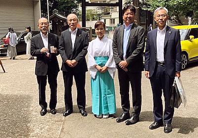 """日本唯一、気象神社の宮司は""""超晴れ女""""だった :: デイリーポータルZ"""