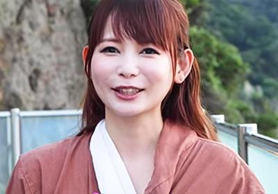 """「マジで恥ずかしいです」 中川翔子、数年ぶりの""""水着披露""""に恥じらいつつもマネジャー大絶賛「スタイルめっちゃいいすね!」 - ねとらぼ"""