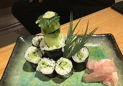 居酒屋で「かっぱ巻き」頼んだら「河童が入ったかっぱ巻き」が出てきた! 「これが本当のカッパ寿司」と話題に - ねとらぼ
