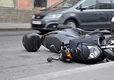 交通事故の示談交渉を有利に進めるために知っておくべきこと | 交通事故の弁護士の評判は?交通事故慰謝料・弁護士費用の相場のまとめ