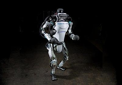 【驚愕】驚くほど機敏にヌルヌル動く2足歩行ロボットが話題に!! : フレッシュニュース