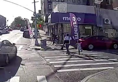 CNN.co.jp : 29歳の父親射殺、6歳娘と手をつないで歩行中 治安悪化のNY