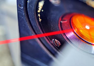 遠くからレーザーで「耳元にささやく」技術が開発。2.5m離れた場所で60dBの音声を発生 - Engadget 日本版