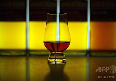 ウイスキーに水を数滴垂らすとおいしくなる理由 研究  写真1枚 国際ニュース:AFPBB News