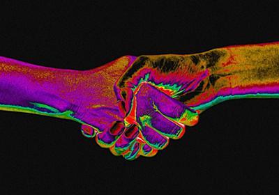 新型コロナウイルスの世界的流行によって、「握手の習慣」が消えつつある | WIRED.jp