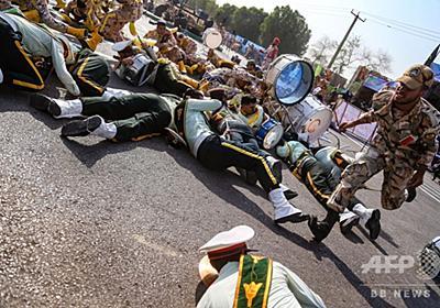 軍事パレード襲撃、混乱の現場 「背後に親米の中東諸国政権」とイラン当局者ら 写真16枚 国際ニュース:AFPBB News
