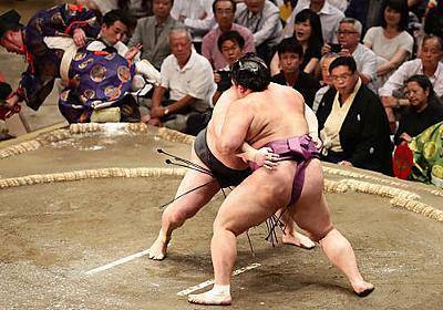 大相撲中継で名実況「あ、行司が消えた」 - 大相撲裏話 - 相撲・格闘技コラム : 日刊スポーツ