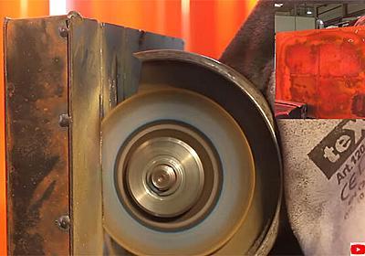 切れば切るほど固くなる。世界初の切断不能な金属が誕生(イギリス・ドイツ共同研究) : カラパイア