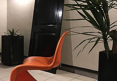 <庭プロジェクト>小屋工房製作⑥ヴィンテージドアの塗装。油性塗料の注意点 - My Midcentury Scandinavian home 〜北欧ミッドセンチュリーの家〜